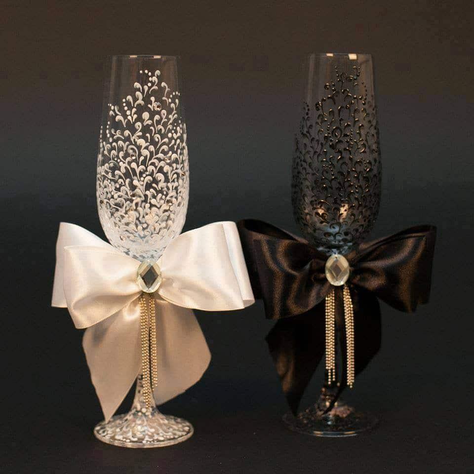 bryllupsglass malt med sløyfer