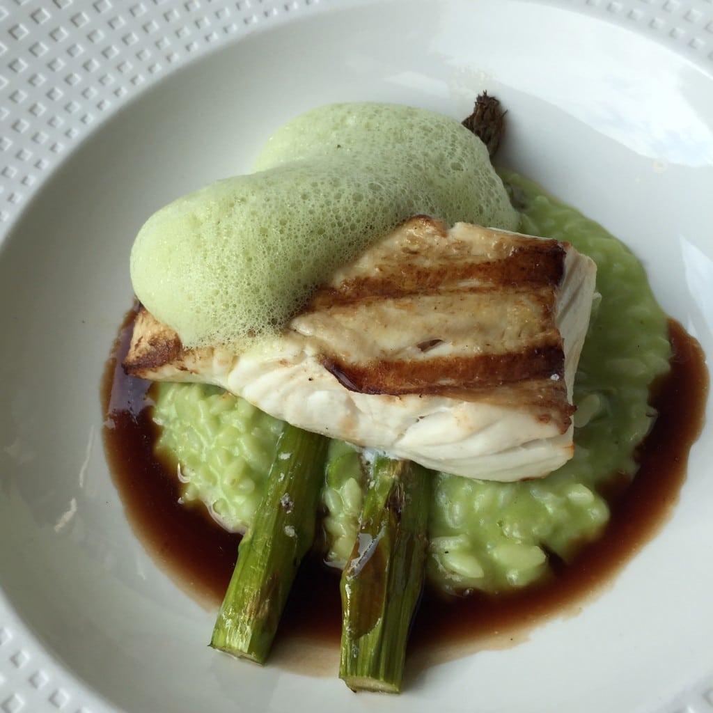 Jospergrillet Kveite med  risotto & asparges