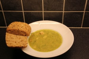 Squashsuppe med kylling og brød